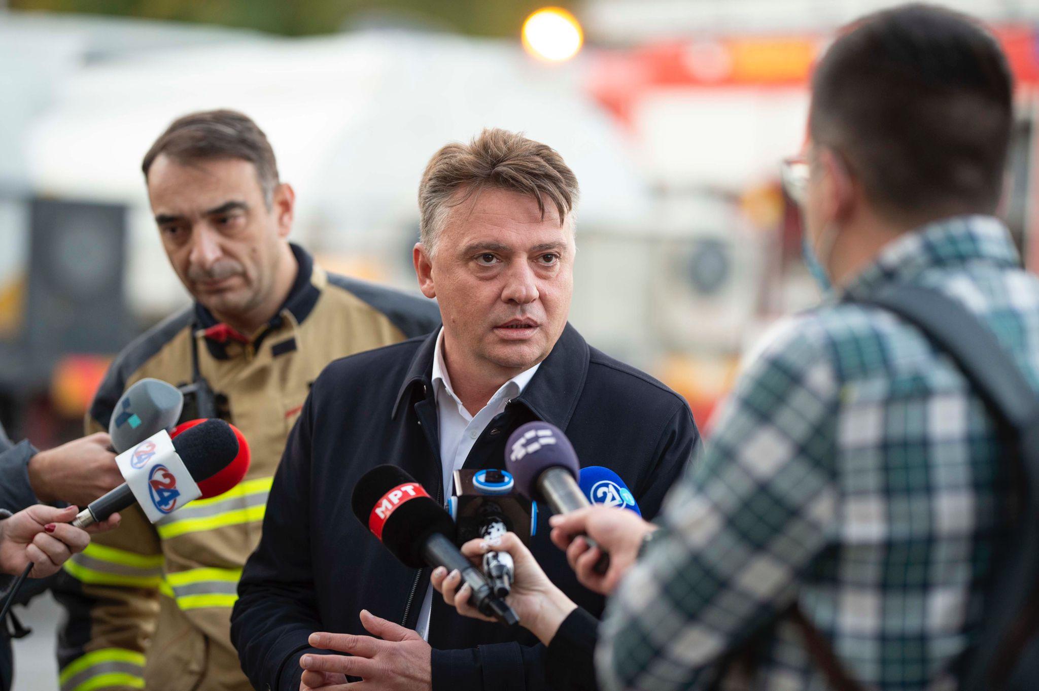 Шилегов: Со брзата реакција на хероите, се спречи поголема материјална штета во пожарот